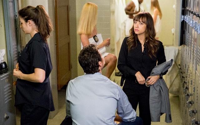 'Angie Tribeca', the new TBS sitcom starring Rashida Jones, releases its first trailer