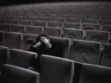 tom-waite-in-empty-cinema