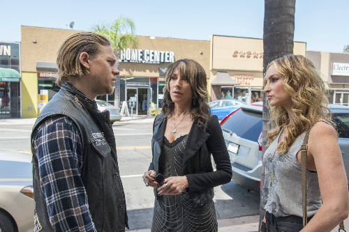 Sons of Anarchy S07E01 Black Widower promo pic