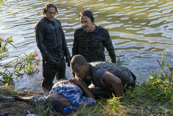 sons-of-anarchy-poor-little-lambs-chibbs-jax-river