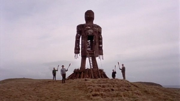 614x346xTheWickerMan-1024x576.jpg.pagespeed.ic.k6vWNjC1Ae