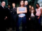 Alias season one cast photo