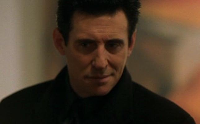 """Gabriel Byrne in """"End of Days"""""""