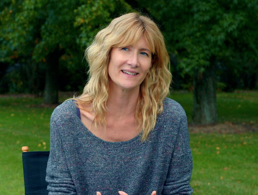 laura dern husband