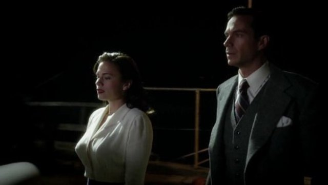 http://www.soundonsight.org/wp-content/uploads/2014/11/marvel-s-agent-carter-features-the-original-jarvis.jpg