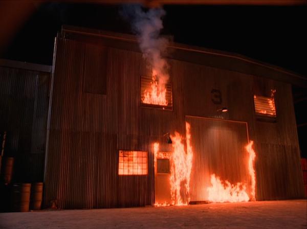 TwinPeaks_S01E08_Fire