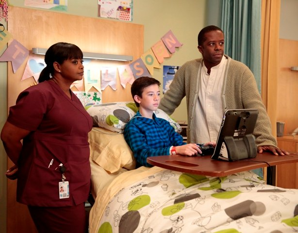 RED BAND SOCIETY: L-R: Nurse Jackson (Octavia Spencer) Charlie (Griffin Gluck) and Dr. Naday (Adrian Lester) in the two-hour series finale of RED BAND SOCIETY airing Saturday, Feb. 7 (8:00-10:00 PM ET/ PT) on FOX. CR: Guy D'Amica / FOX. © 2014 Fox Broadcasting Co.