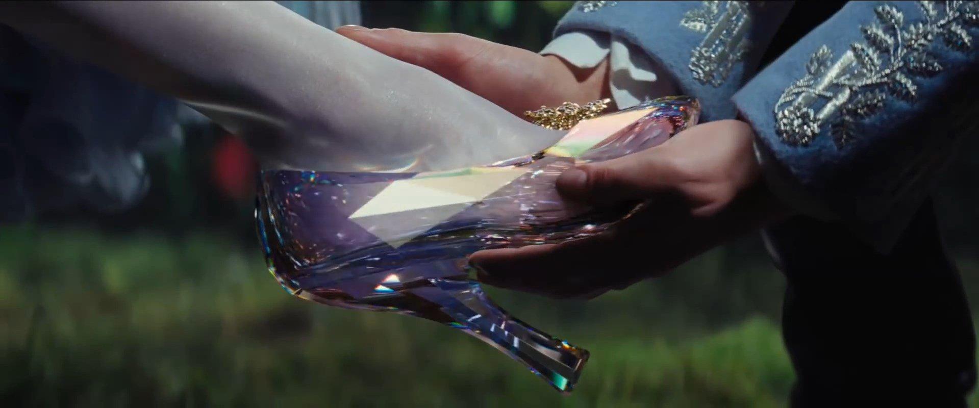 Glass Announcement Movie