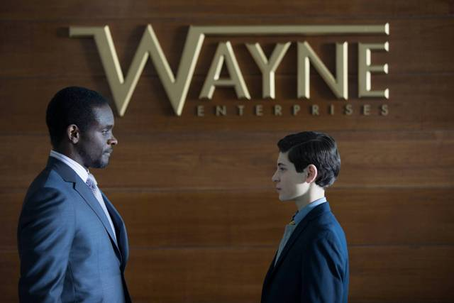GOTHAM: Lucius Fox (guest star Chris Chalk, L) speaks freely to Bruce (David Mazouz, R) in ÒThe Anvil or the HammerÓ episode of GOTHAM airing Monday, April 27 (8:00-9:00 PM ET/PT) on FOX. ©2015 Fox Broadcasting Co. Cr: Jessica Miglio/FOX.