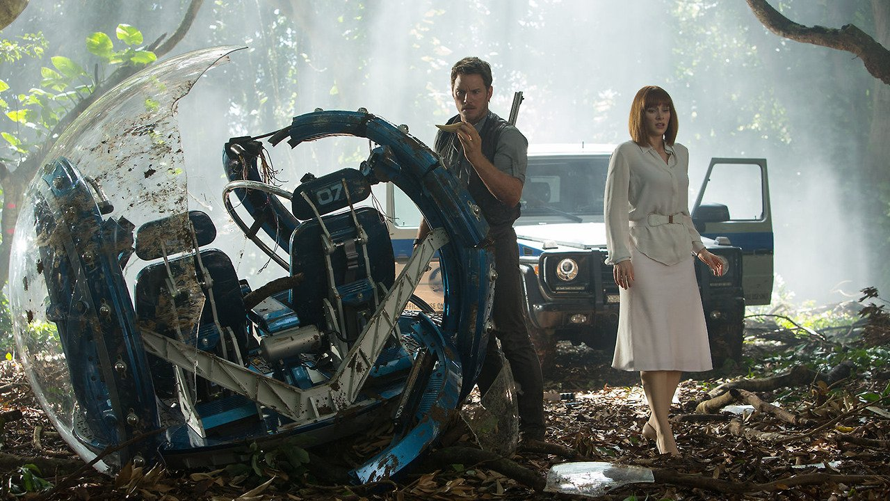 new-jurassicworld-movie-still-2