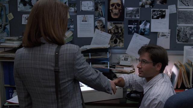 The X-Files S01E01