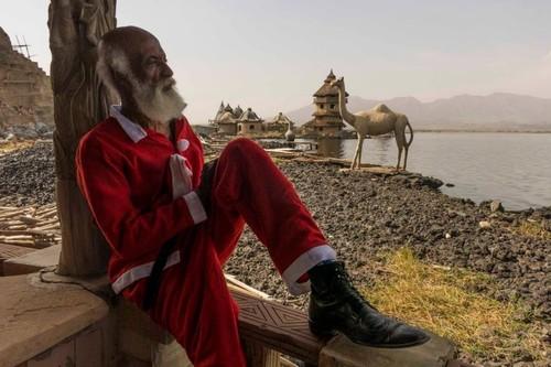 Crumbs Father Christmas