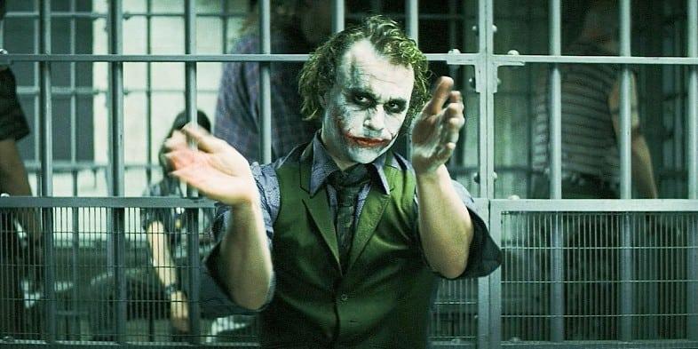 Best-Unscripted-Movie-Scenes-Dark-Knight-Joker-Clap