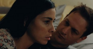 Sarah Silverman and Josh Charles in I Smile Back
