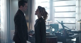 (L-R)  Theo Galavan (James Frain) and Barbara (Erin Richards)