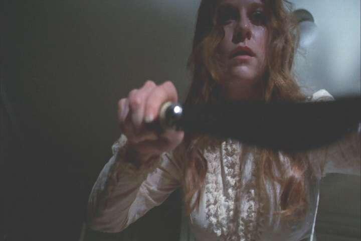 Gretchen-Corbett-in-horror-movie-Lets-Scare-Jessica-to-Death-1