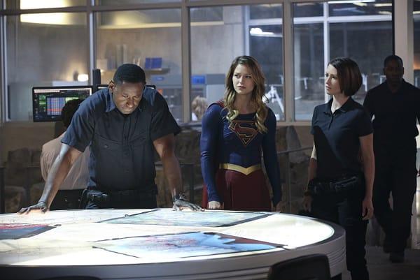 Supergirl-episode-8-B