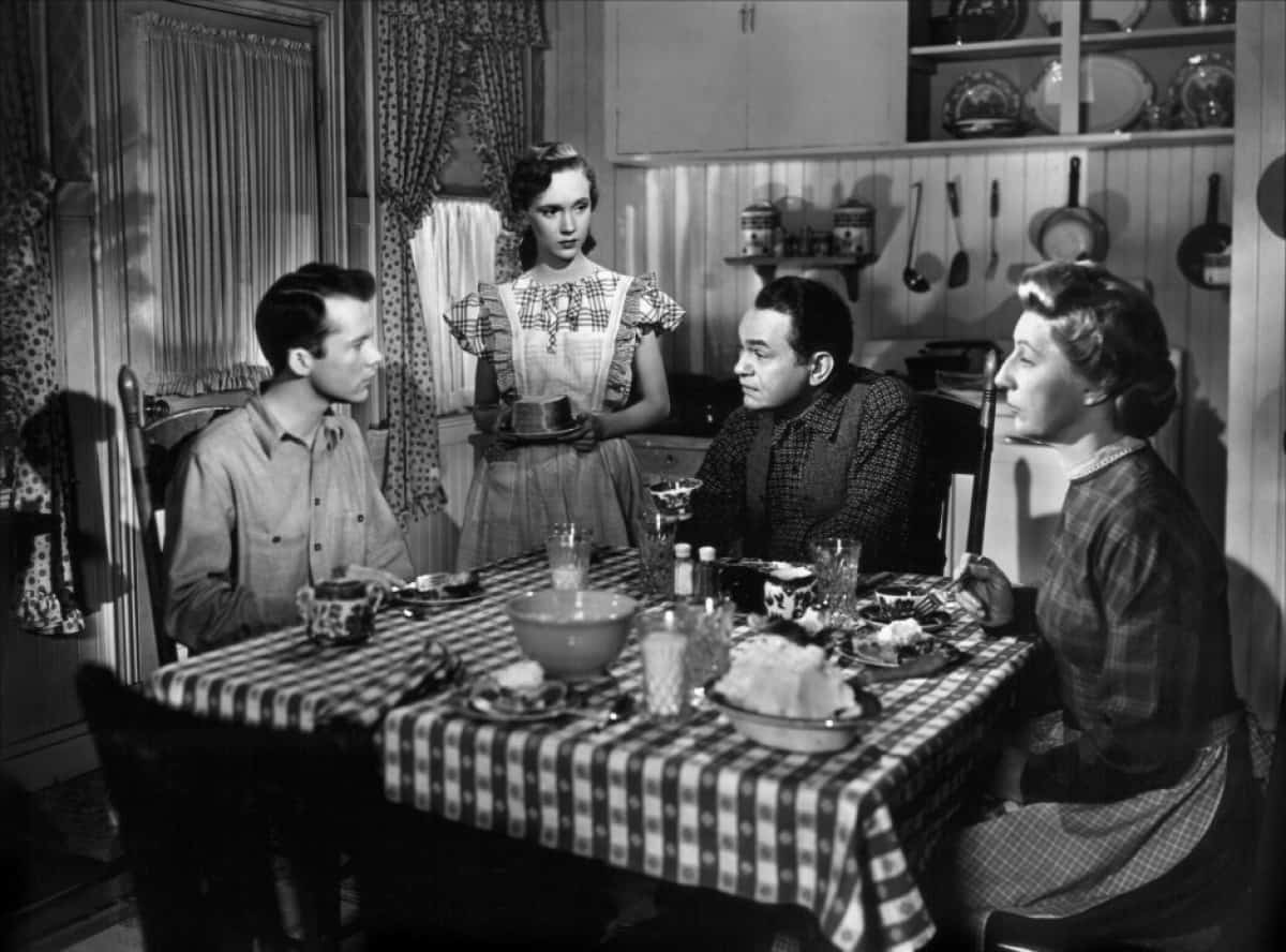 The_Red_House_(1947)_1