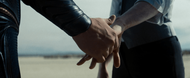 man-of-steel-superman-lois-holding-hands