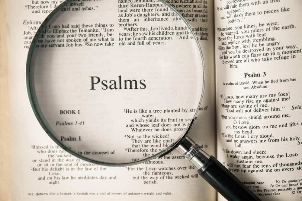 Psalms emphaised with a magnifying glass.