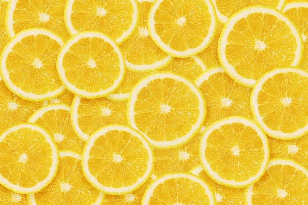 Slices of lemons.