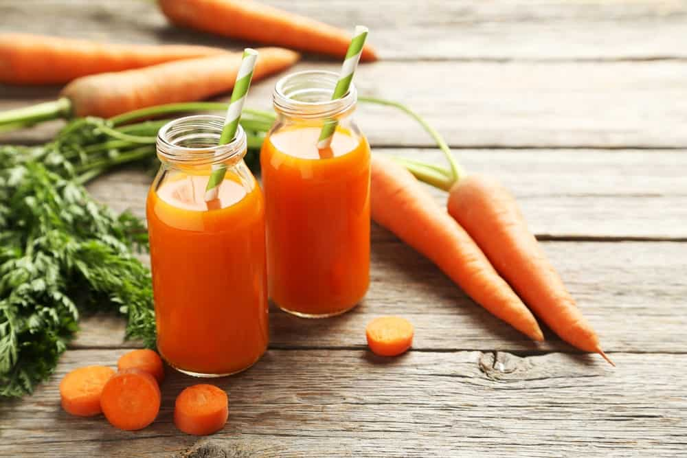 Carrot juice as alternative to hair dye
