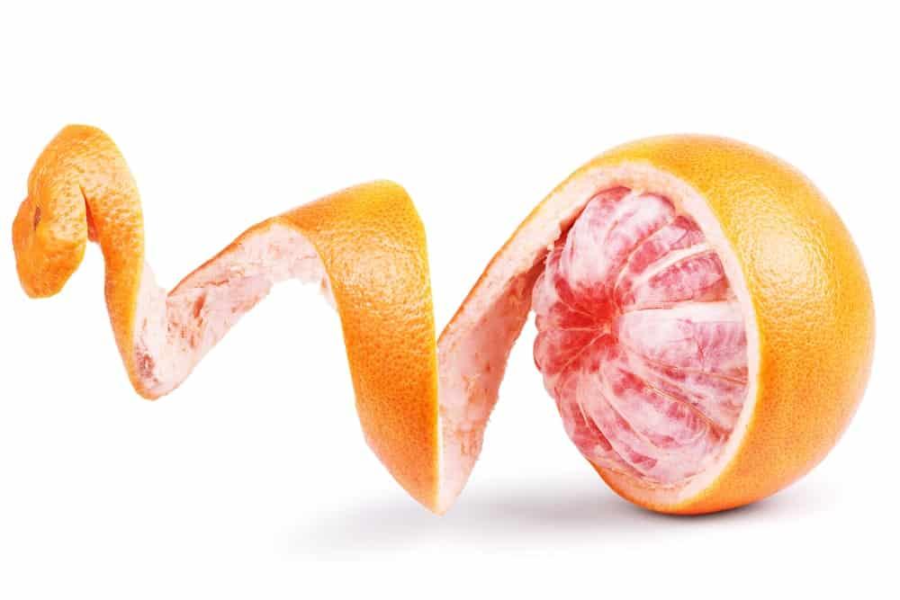 Grapefruit skin peeling