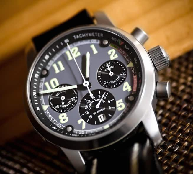 Mens chronograph style watch
