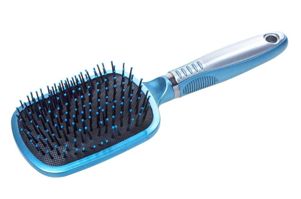 Plastic hairbrush