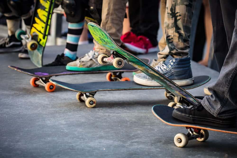 Skateboarding teenagers