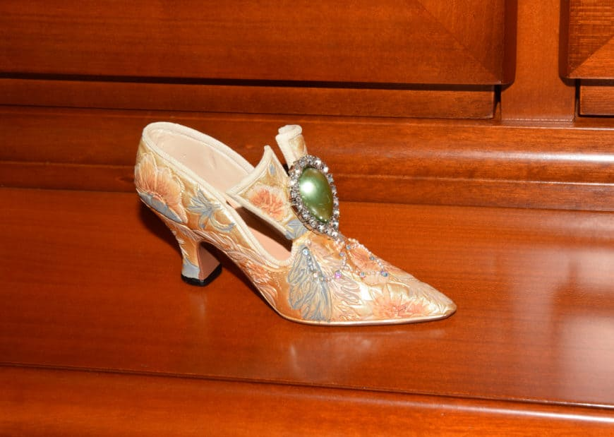 Baroque shoes with jewels from the Renaissance era