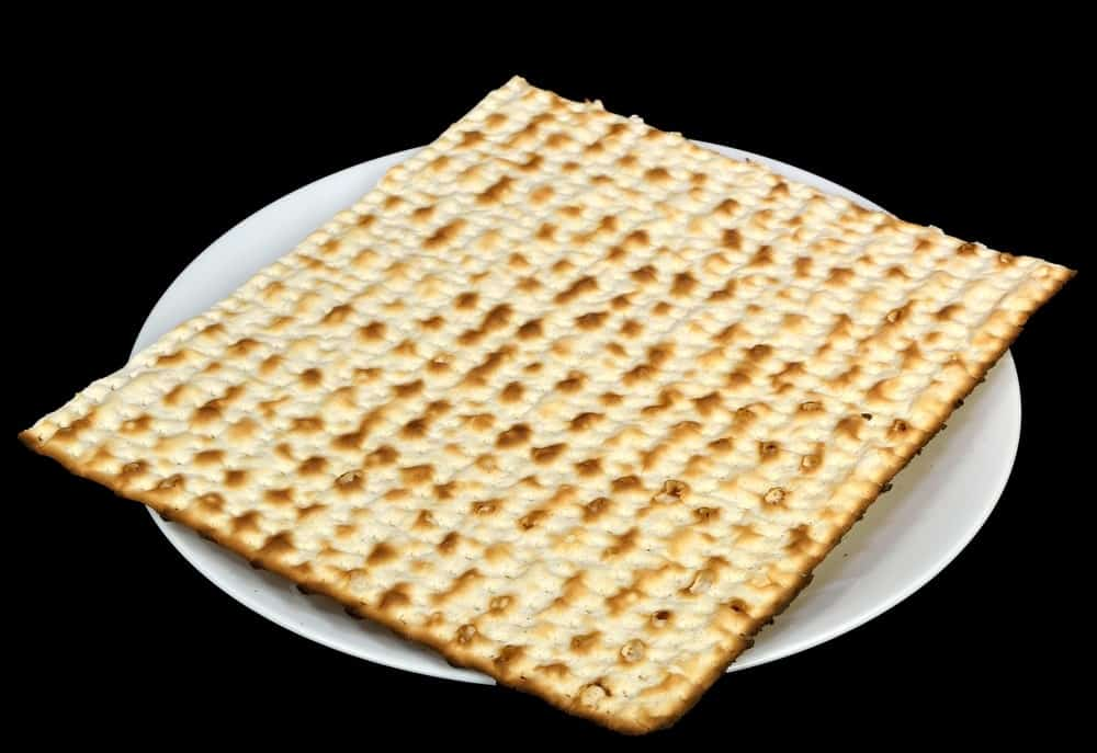 Matzo (Matzoh) bread on a plate.