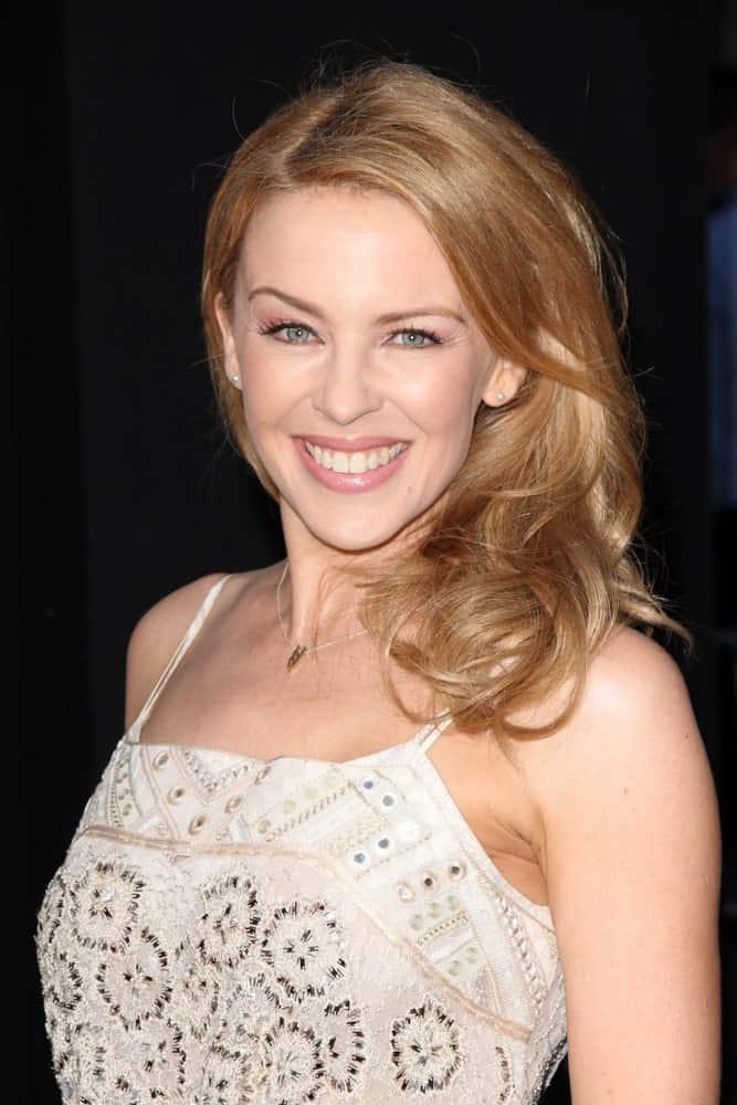 Kylie Minogue posing