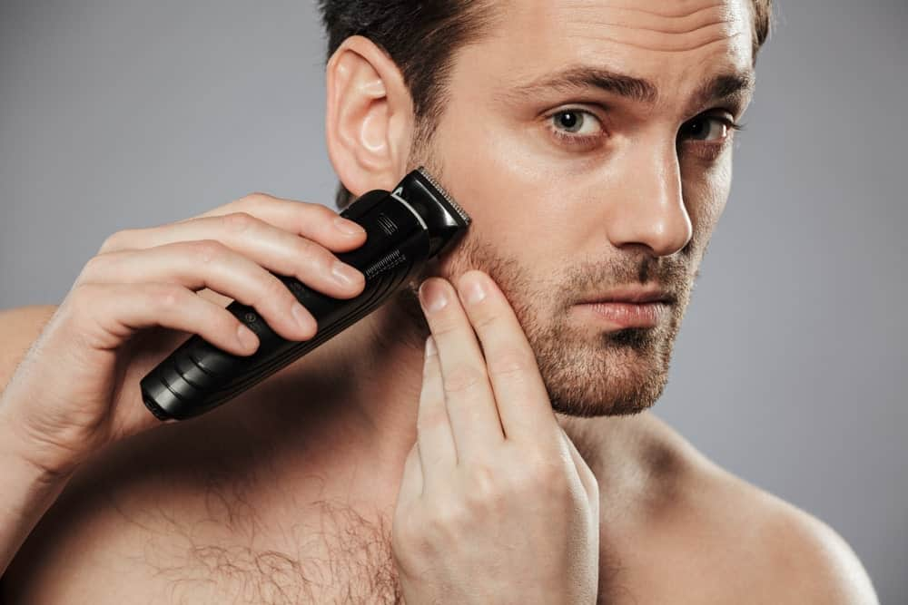 Stubble shaving with an electric razor