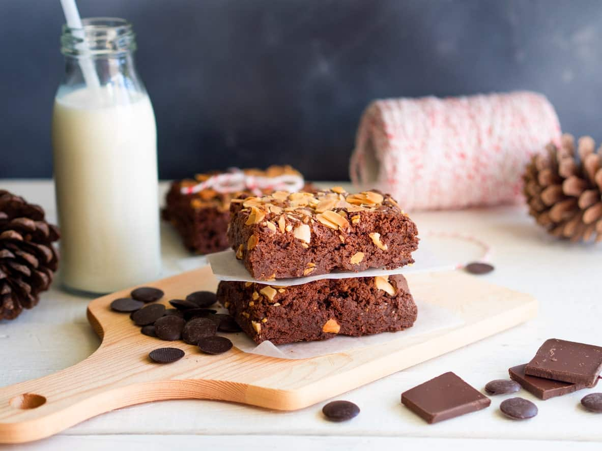 Candy Bar Brownies with chocolate chips