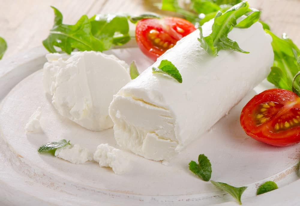 Cheese with tomatoes and salad