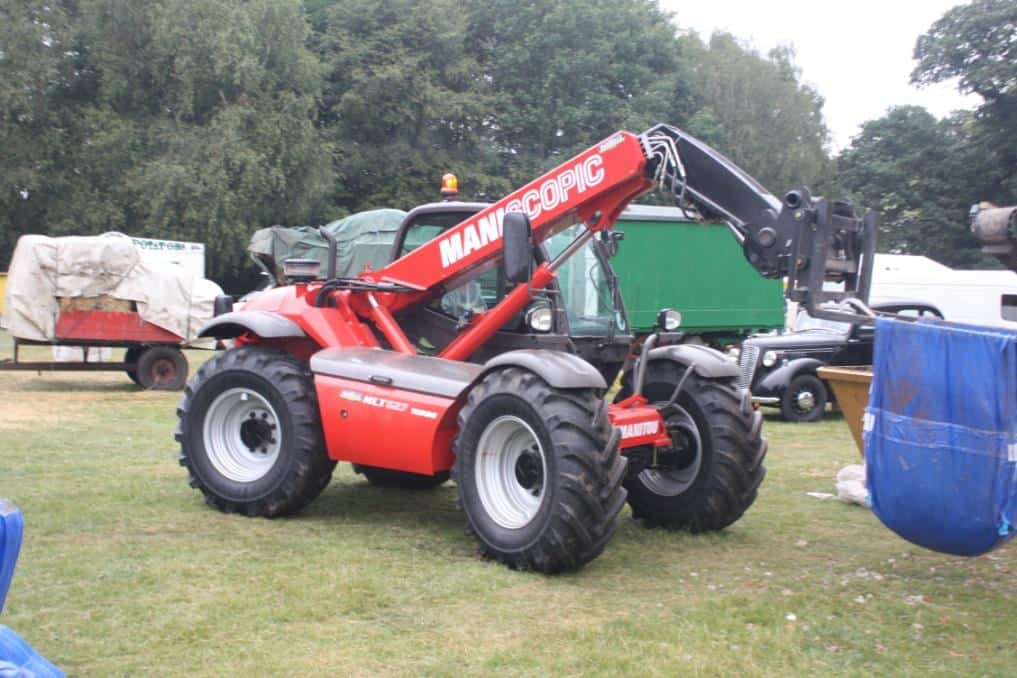 A Manitou MLT 627 Turbo (Maniscopic) telehandler forklift