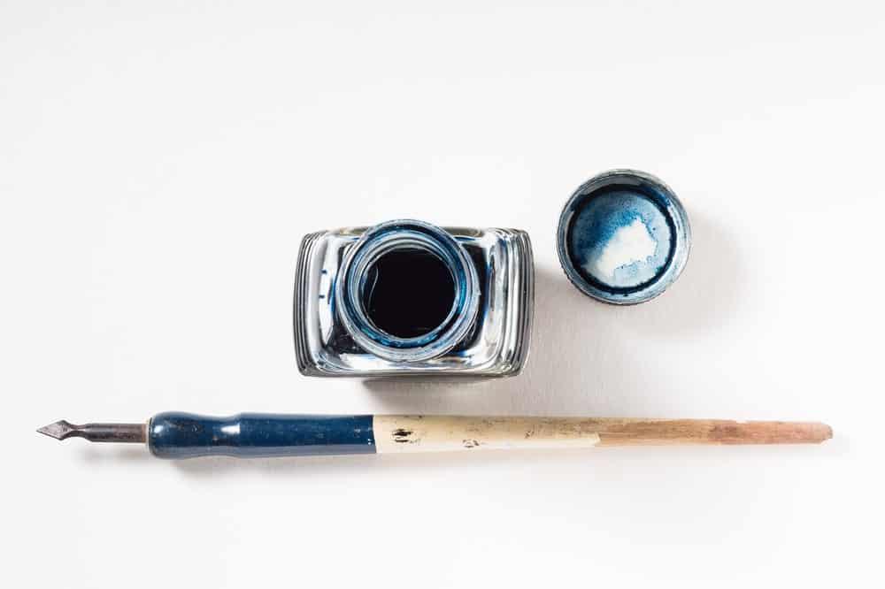 A dip pens