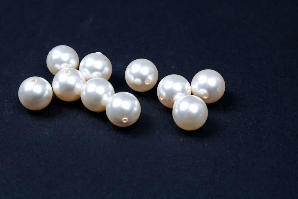 A few Akoya pearls