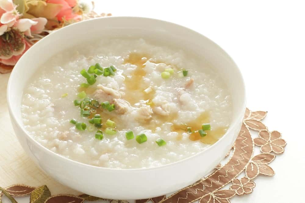 Chicken congee with sesame oil