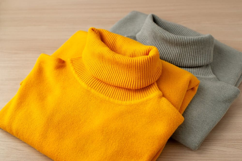 Two Different Toned Turtlenecks