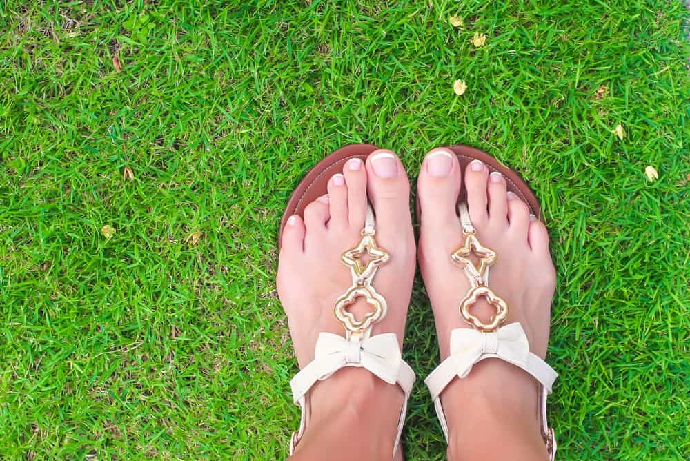 White Thong Sandals with Light Embellishments