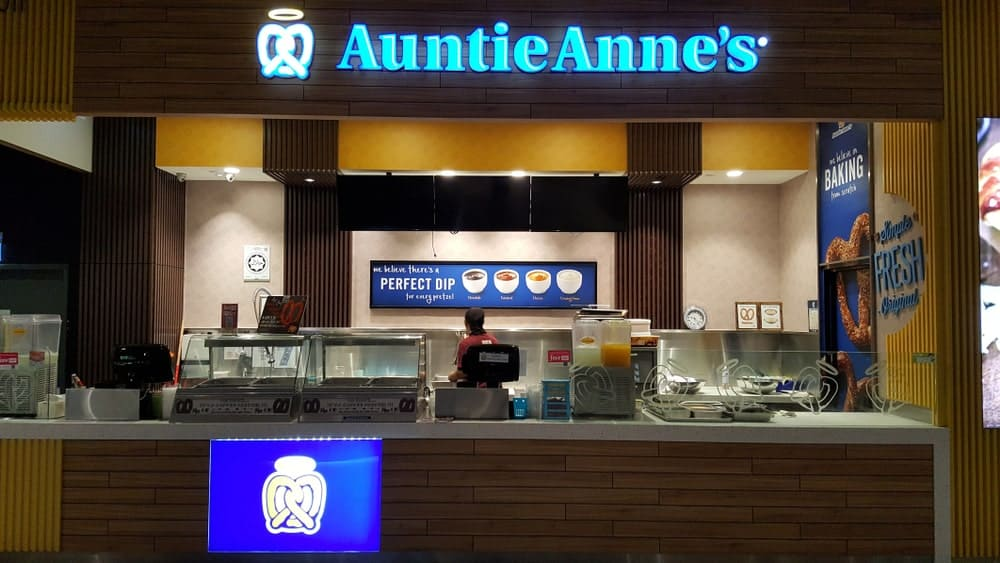 Auntie Anne's shop in mall.