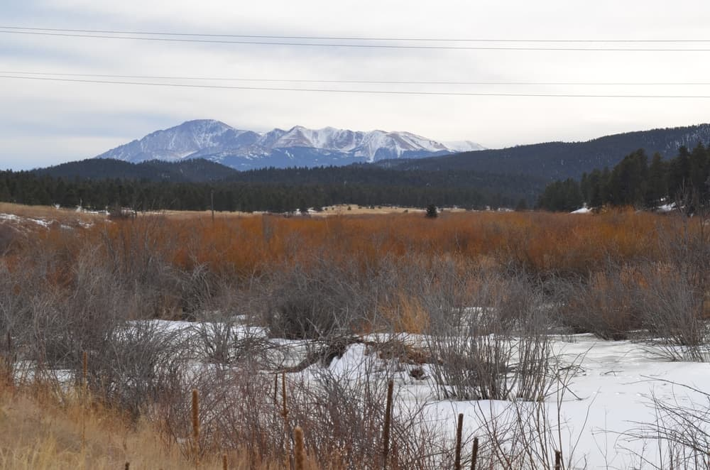 A look from Highway 67 looking towards the Pikes Peak. The view is just astonishing.