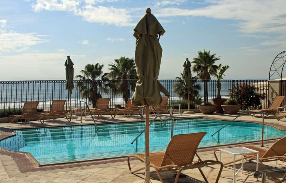 Looking for a luxurious place to stay in St. Augustine? Then Casa Monica Resort is the best place for you. It boasts a Spanish-Revival exterior design and elegant interior looks.