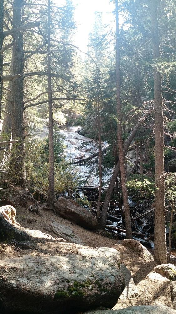 Pancake Rocks and Horsethief Falls Trail