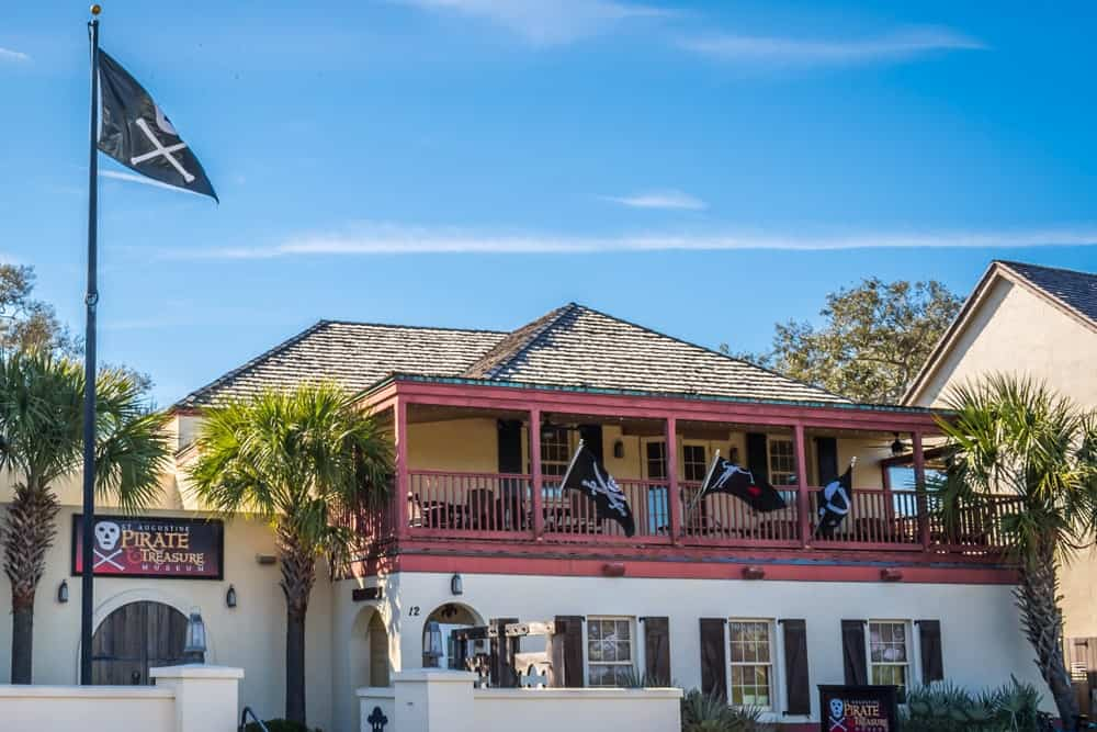 The Pirate & Treasure Museum in St. Augustine is the world's best known museum with the most extensive collection of real pirate artifacts in the globe. The museum also has interesting props from famous movies such as the sword of Jack Sparrow from Pirates of the Caribbean.