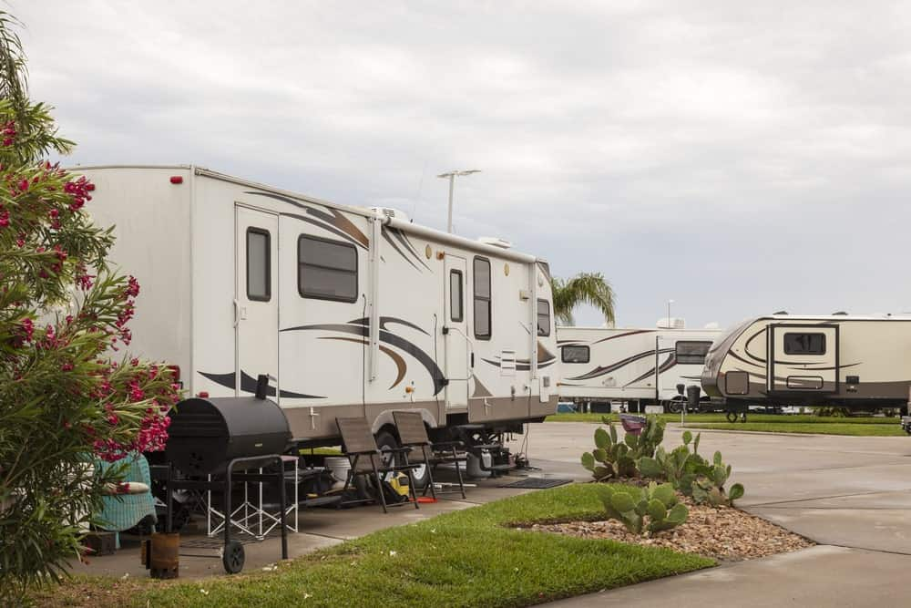 What's great with Bastrop RV Park is that they are located near the central shopping plazas and the highway.