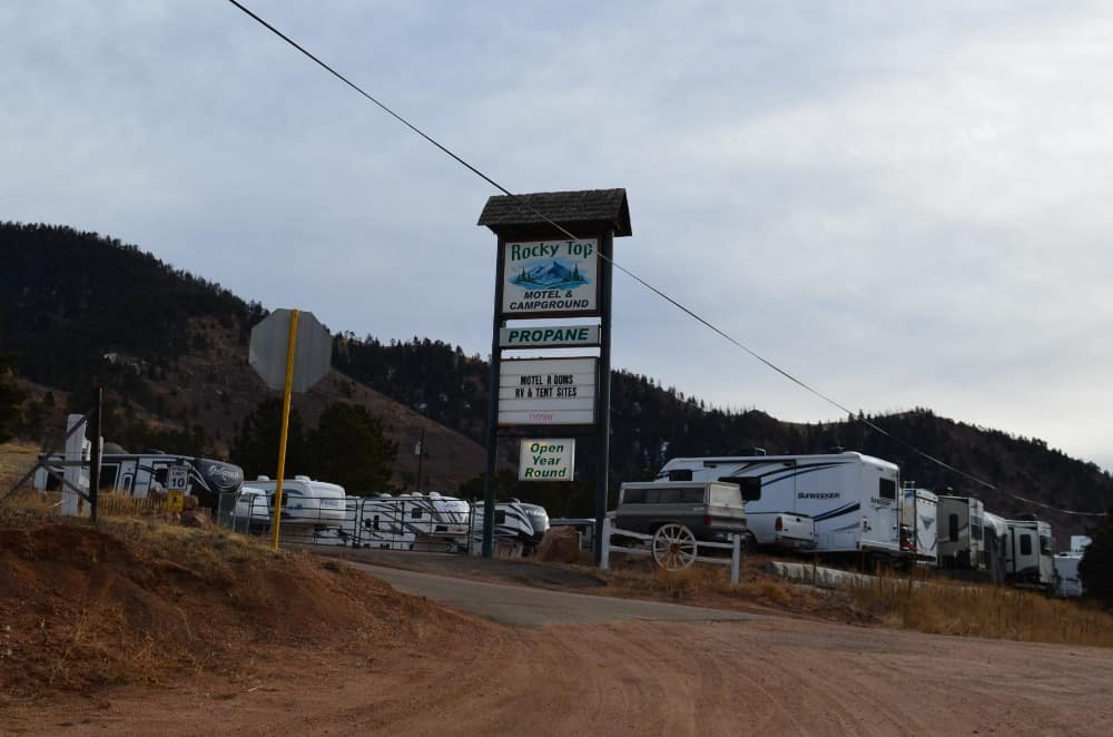 Rocky Top Campground is surrounded by Colorado Springs, Manitou Springs and Woodland Park. It is a very popular campground if you're planning to do activities in the three cities.