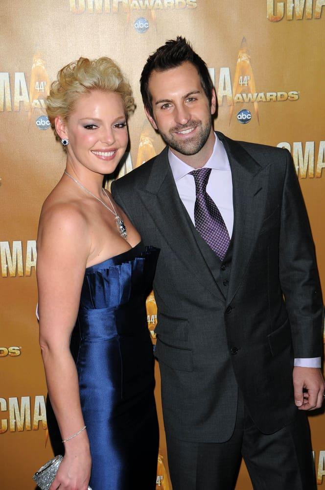 Katherine Heigl and Josh Kelly at the 44th Annual CMA Awards.